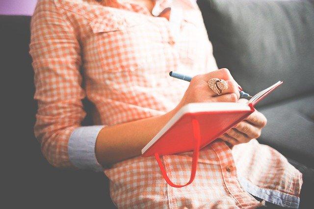 Atelier d'écriture Votre Plume 83 écrivain public à Draguignan, Var